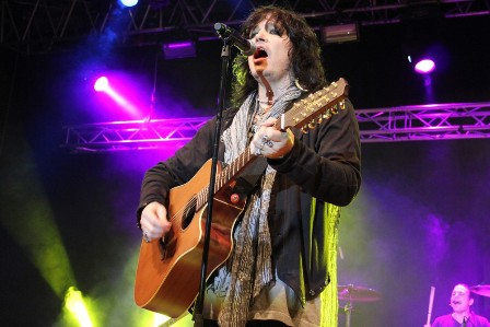 Tom Keifer from Cinderella playing Acoustic guitar
