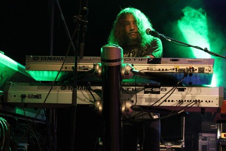 Gary Corbett on keyboards with Cinderella live in Mülheim