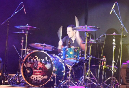 Fred Coury on drums - Cinderella live in concert, 25 Anniversary Tour