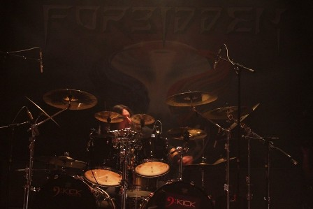 Gene Hoglan on drums live with Forbidden
