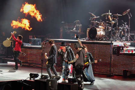 Bercy Arena - Guns'n'Roses on stage