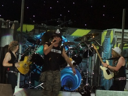 Bruce Dikinson and Jancik Gers wearinh hats - Iron Maiden live in Valencia