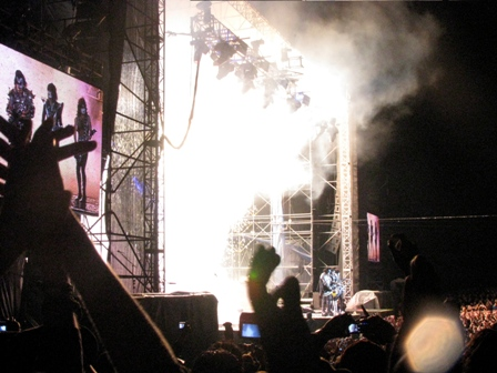 Kiss on stage in  Bogotá, Colombia - April 11 2009