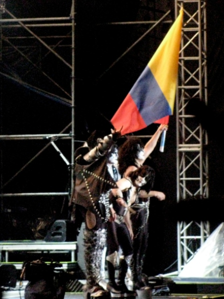 Kiss with the flag from Colombia - Kiss live in Bogotá - April 11 2009