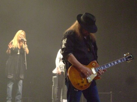 Gary Rossington from Lynyrd Skynyrd, with Dale Krantz-Rossington and Carol Chase on backing vocals