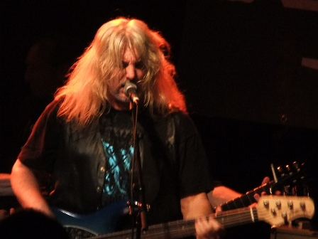 Tim Lindsey from Molly Hatchet live in Paris