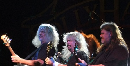 Tim Linsey, Bobby Ingram and Dave Hlubek - Molly Hatchet live in Paris