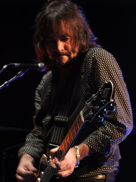 Guy Griffin from The Quireboys live in Paris 2009
