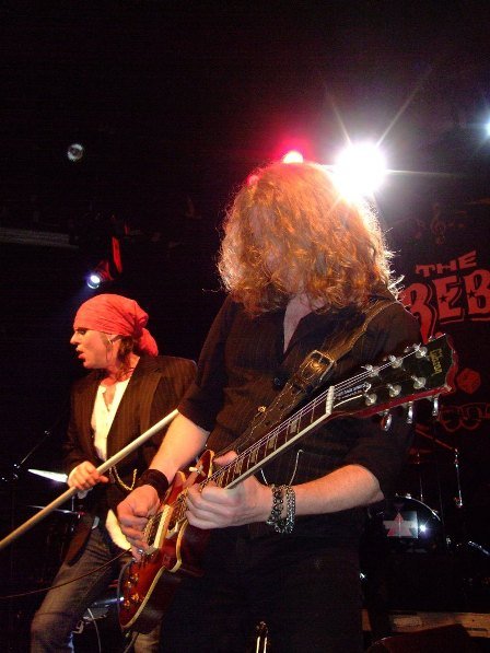 Spike and Guy Griffin from The Quireboys live in Paris 2009
