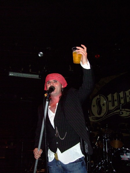 "Spike drinking some of ""The Finer Stuff"" The Quireboys in Paris - May 7 2009"