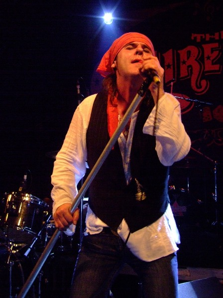 Spike from The Quireboys- Live in Paris - May 7 2009