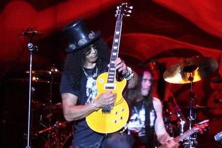 Slash at Sonisphere