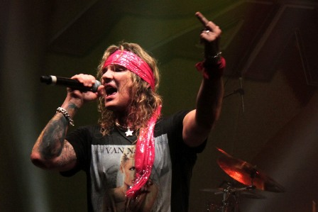 Steel Panther live France