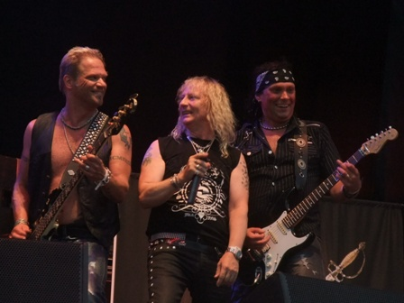 Nalle Påhlsson, Robert Ernlund and Anders Wikström - Treat live in Balingen
