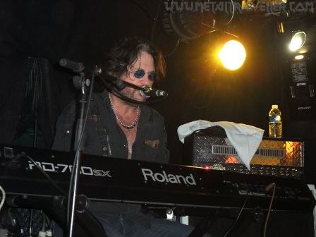Kip Winger on keyboards